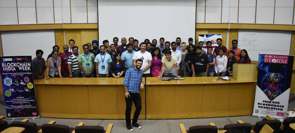 Innominds' team wins Vitalik Buterin Blockchain Excellence Award in IIT-B Hackathon